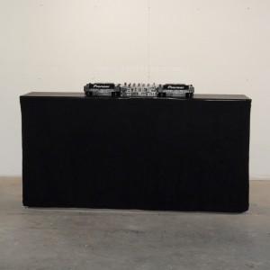 DJ Tafel met zwarte afrok